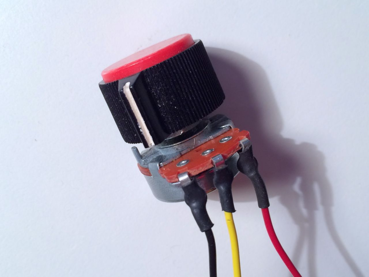 knob_wires_big
